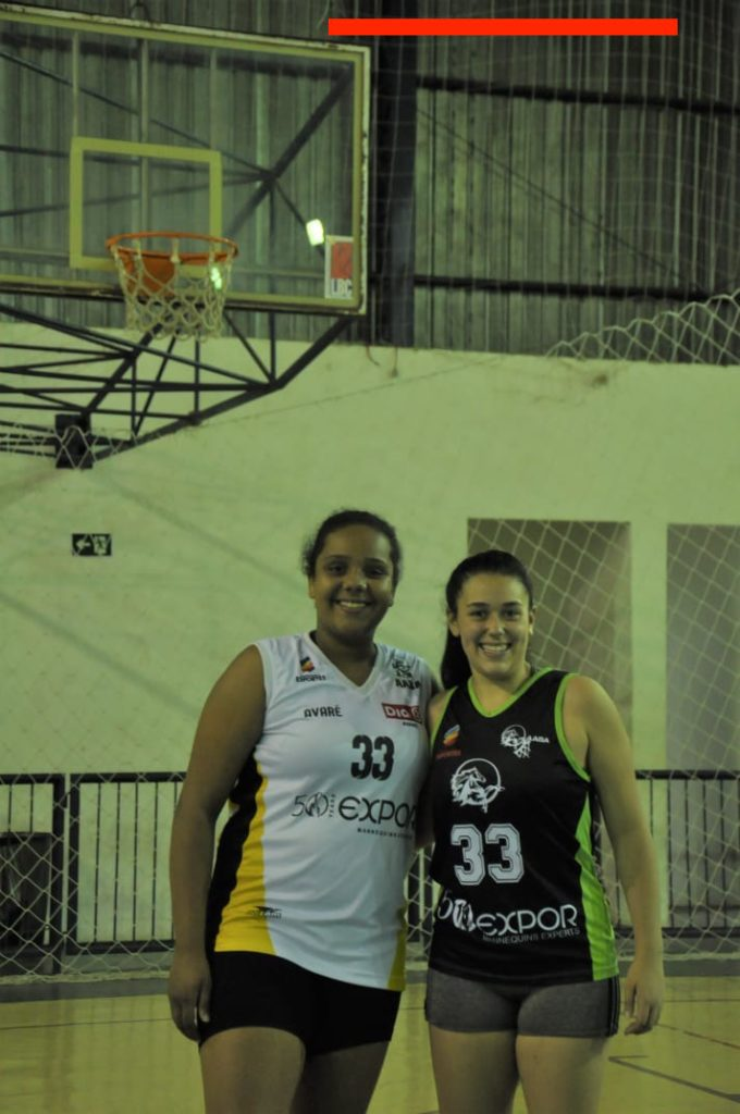 Time de basquete de Avaré patrocinado pela Expor