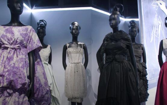 """""""Christian Dior, Designer of Dreams"""" Foto capturada via canal Youtube Christian Dior"""