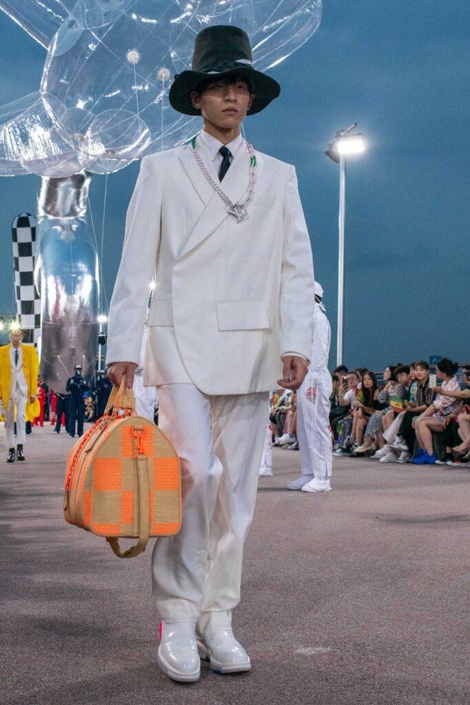 Desfile Louis Vuitton - Foto por: WWD